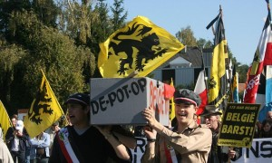 Members of the Flemish nationalist group Voorpost (Outpost) carrying a symbolic coffin of Belgium during a demonstration for independence for the Flemish part of Belgium in Rhode-Saint-Genest, near Brussels, 07 October 2007. Tensions have been rising since the general elections more than three months ago, with Belgium's two largest communities Flanders and Wallonia unable to overcome their differences and form a government. AFP PHOTO/DOMINIQUE FAGET (Photo credit should read DOMINIQUE FAGET/AFP/Getty Images)